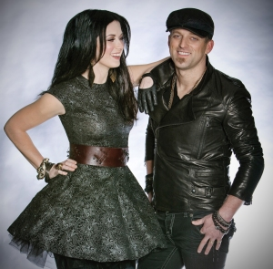 Thompson-Square-Photo-Credit-Traver-Rains-CountryMusicRocks.net_